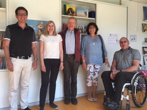 FDP-Kreistagsfraktion vor Ort: Maria-Montessori Schule in Weinheim