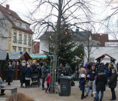 Ein Lob auf das Diljemer Weihnachtsdorf