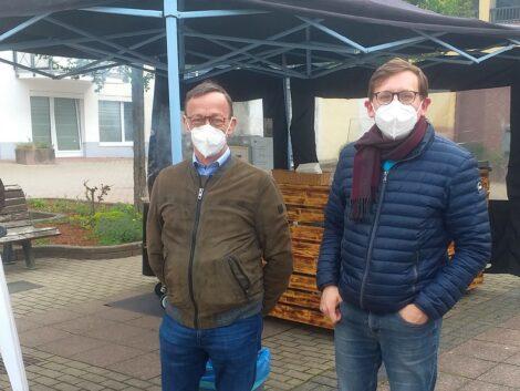 FDP-Stadträte besuchen Wochenmarkt in Gauangelloch
